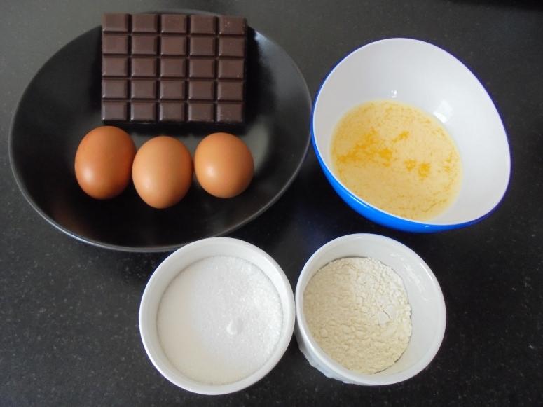 Pavé au chocolat et créme anglaise (12)