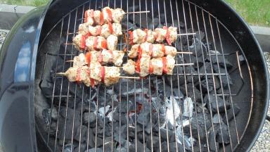 Brochette de poulet mariné à l'acienne et salade d'été (20)