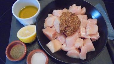 Brochette de poulet mariné à l'acienne et salade d'été (4)