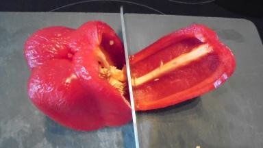 Gaspacho tomate, poivron et son croustillant (6)