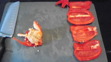 Gaspacho tomate, poivron et son croustillant (8)