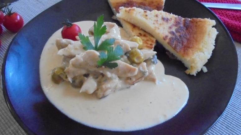 Aiguillette de poulet aux olives et gorgonzola, accompagné de semoule  (4)