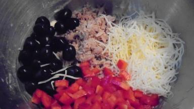 cake-au-thon-et-olives-noir-14
