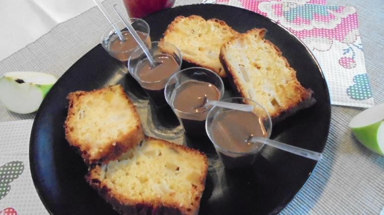 cake-mangue-pomme-granny-smith-et-creme-anglaise-au-chocolat-1