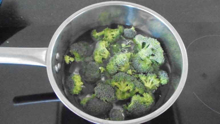 dos-deglefin-aux-legumes-et-creme-de-brocolis-48