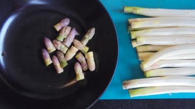 Crème d'asperges au lard et tuile de comté (9)