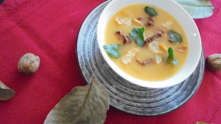 Soupe de butternut aux tomates séchées et à l'ail (23)