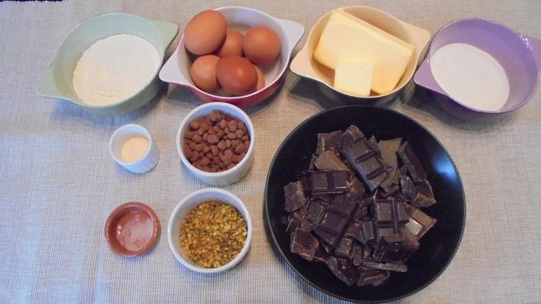 Brownies aux éclats de pistache et graine de café au cacao (2)